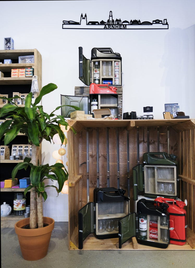 Jerrycan bars in diverse formaten